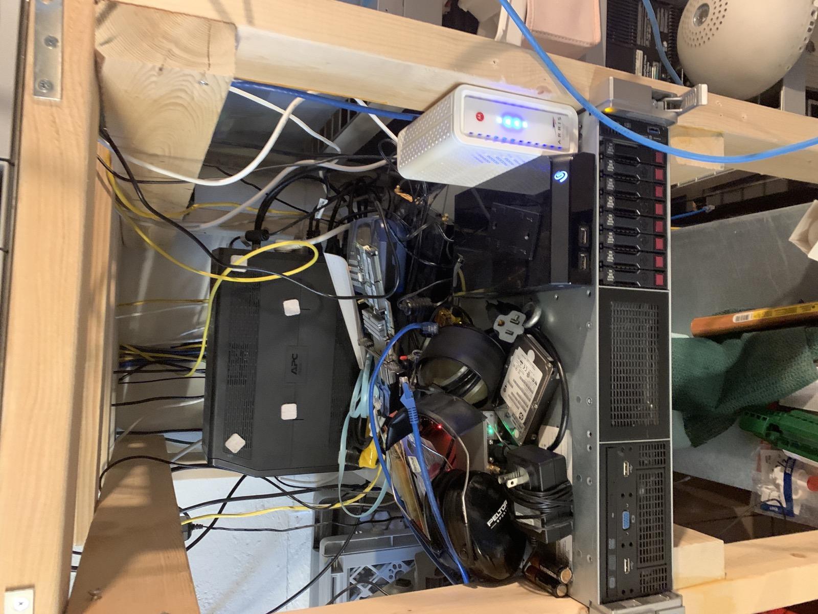 Messy DL380G9